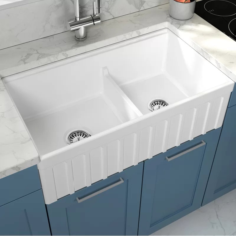 yorkshire 33 l x 18 w double basin farmhouse kitchen sink with basket strainer