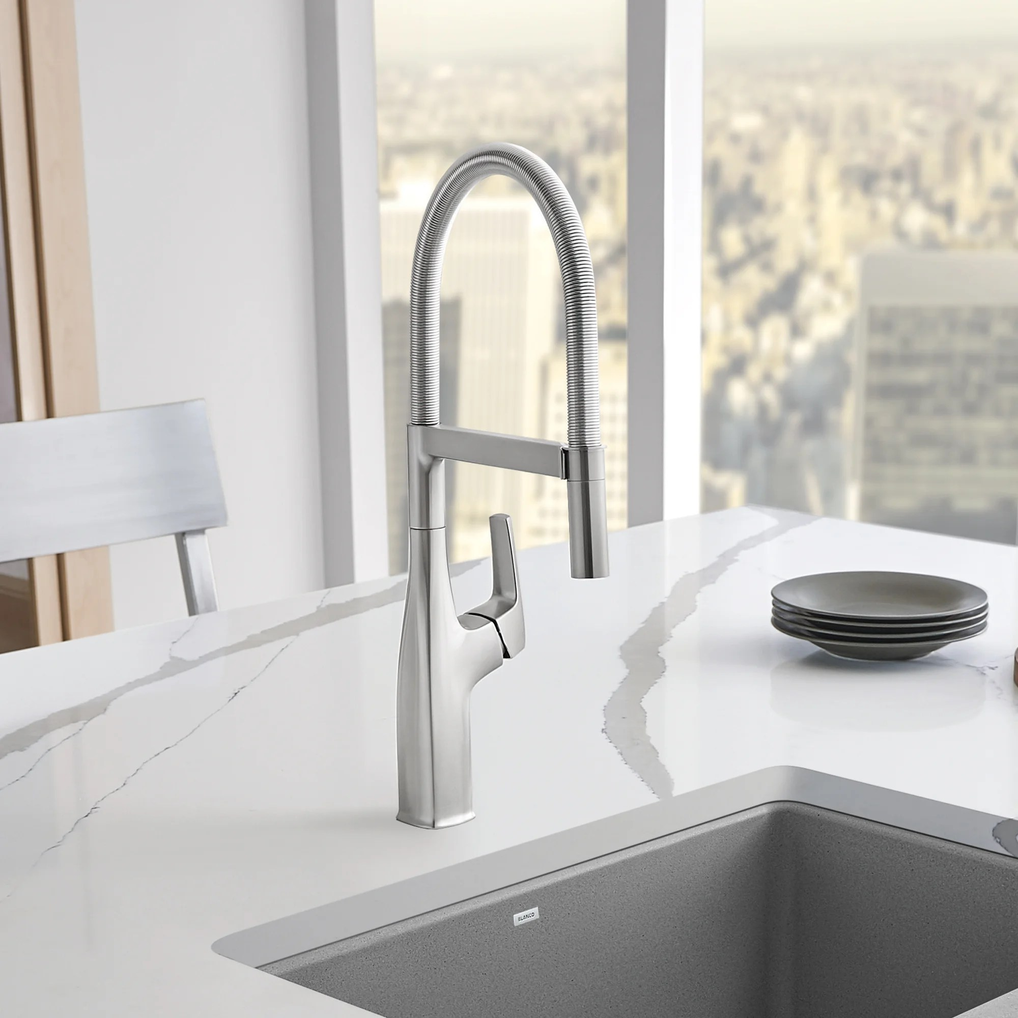 rivana semi pro pull down single handle kitchen faucet