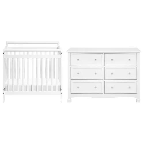 DaVinci Emily Convertible Standard Nursery Furniture Set