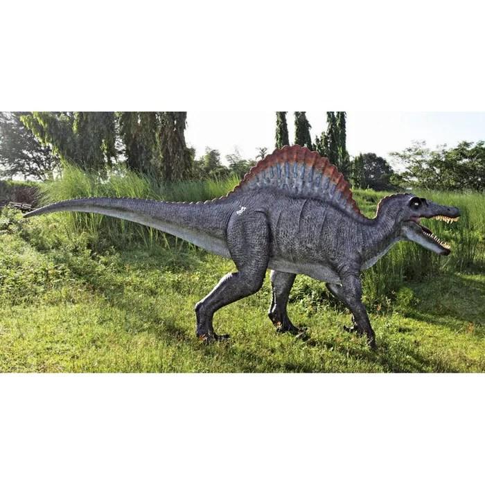 jurassic sized spinosaurus dinosaur
