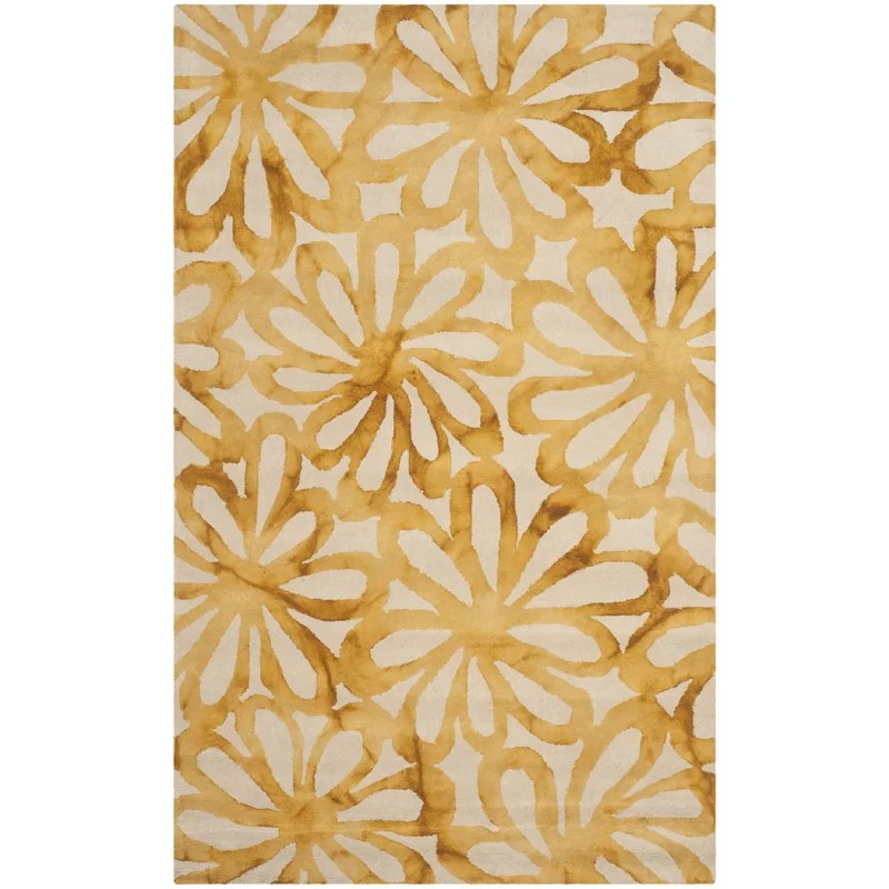 Hand-Tufted Wool Beige/Gold Area Rug Rug Size: Rectangle 5 x 8
