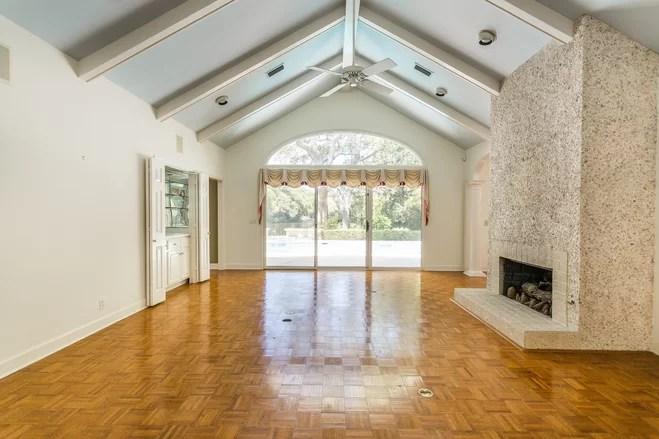 Sparse to Sleek: The HGTV Dream Home 2017 Living Room