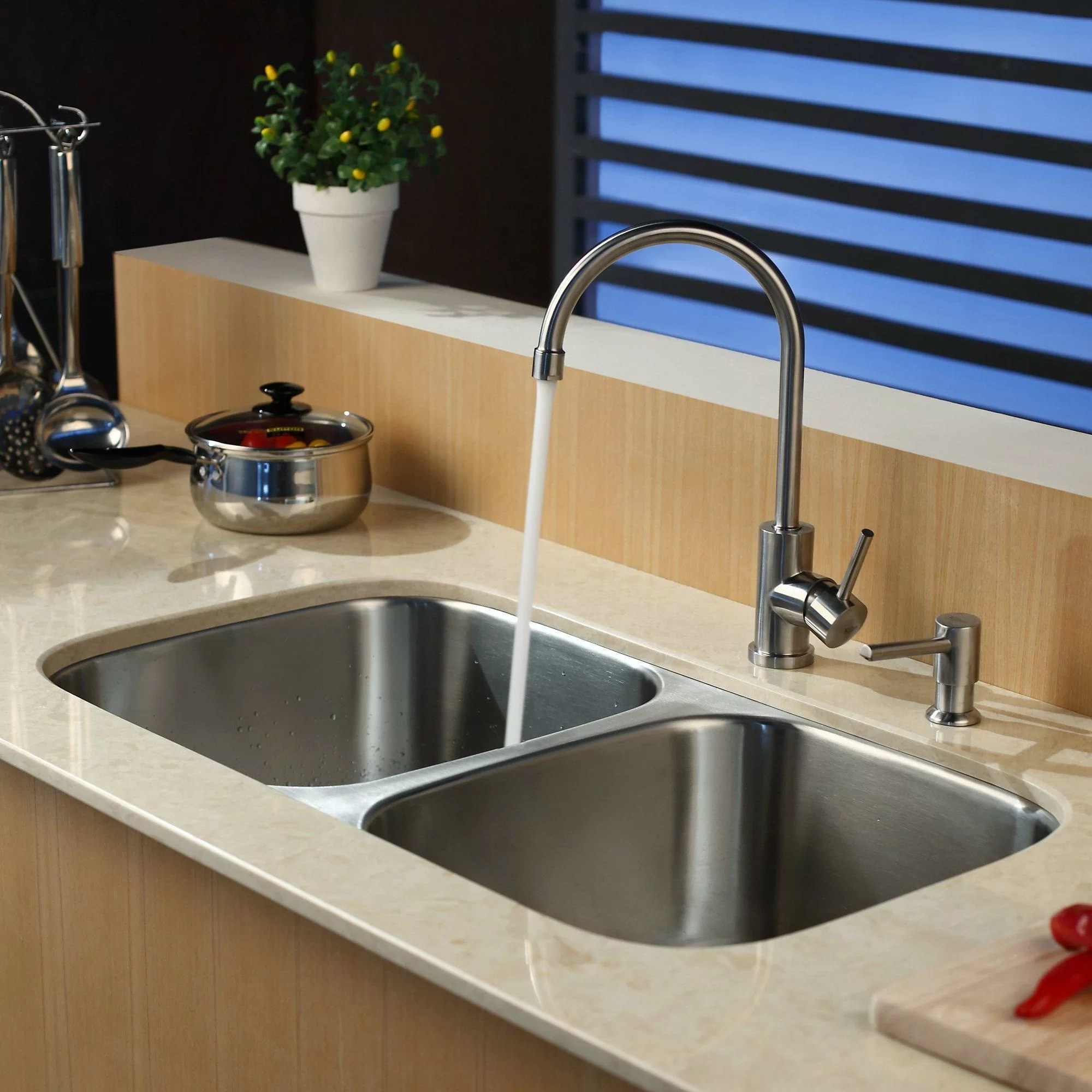 undermount double kitchen sink grohe faucet cartridge replacement kraus 32 25 quot x 18 5 contemporary bowl
