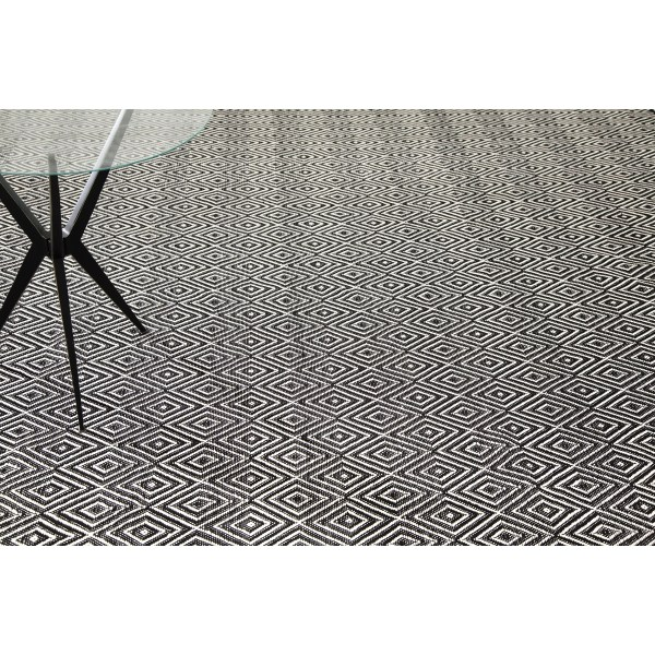 Indoor Outdoor Area Rugs Ivory and Black