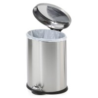 Mouse proof kitchen trash? - mice trashcan pests | Ask ...
