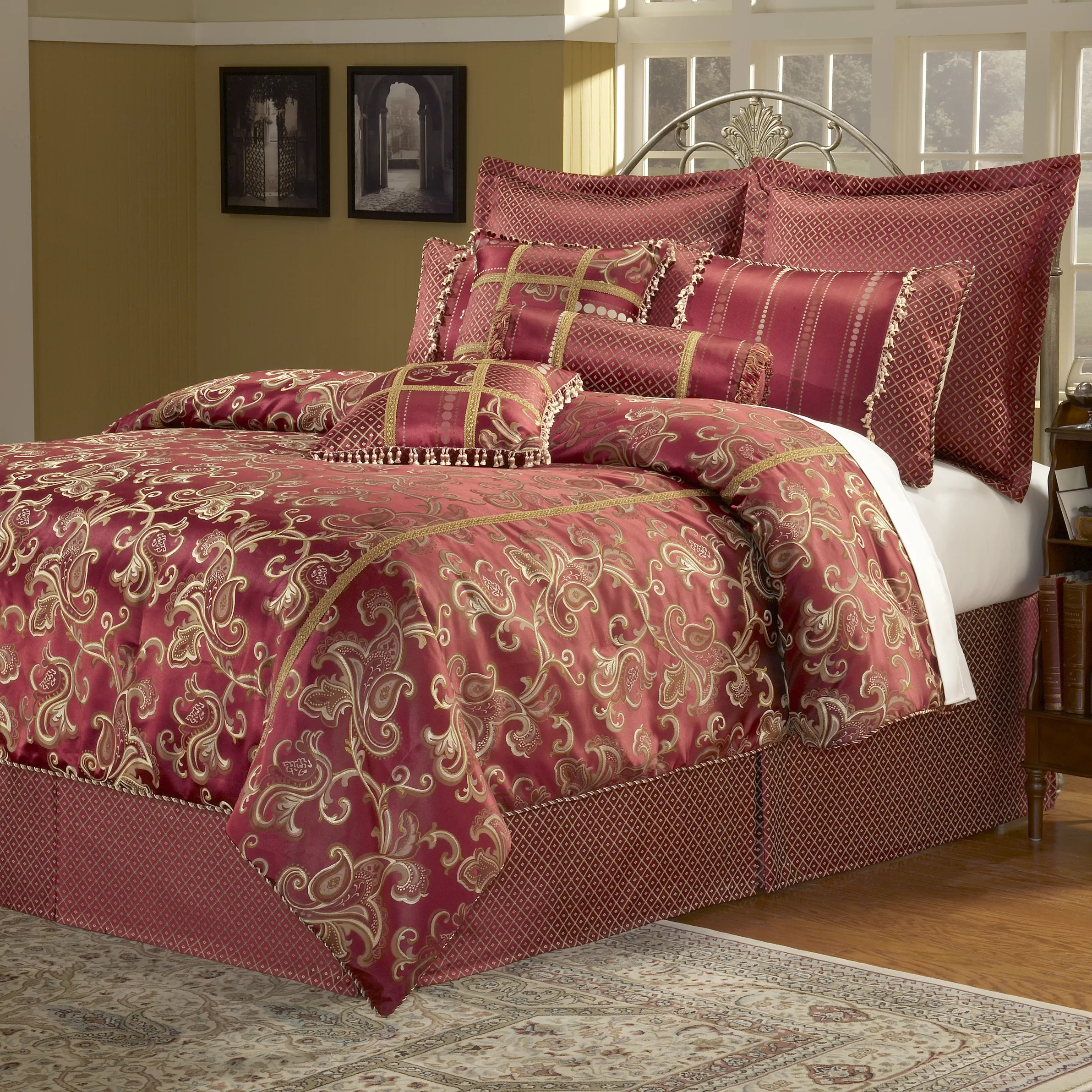 Paramount 14 Piece California King Comforter Set