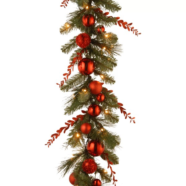 Garland Christmas Tree Decorating Ideas