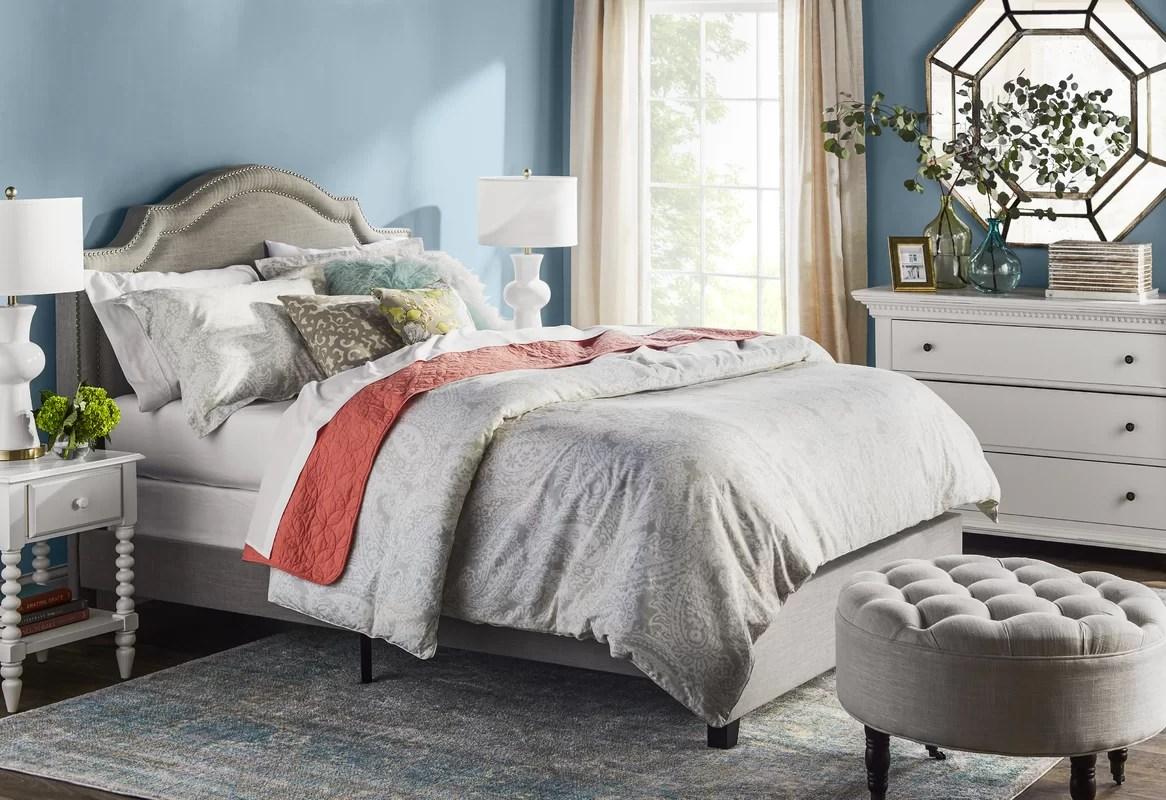 Tommy Hilfiger 200 Thread Count 100% Cottton Comforter