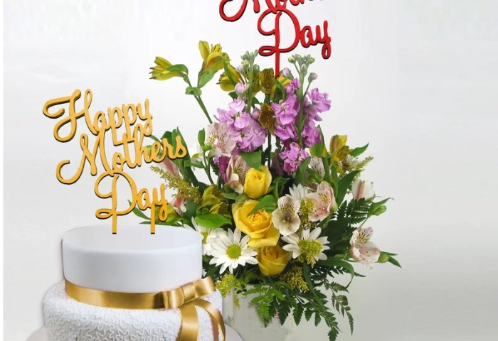 Amonogramartunlimited 2 Piece Happy Mothers Day Cake Topper And
