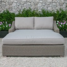 Darby Home Naperville Daybed With Cushion &