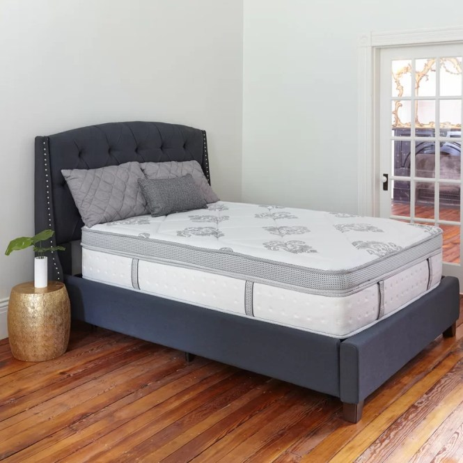 Gramercy 14 Medium Hybrid Mattress