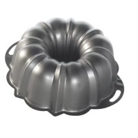 Nordic Ware Anniversary 12 Cup Formed Bundt Pan & Reviews ...