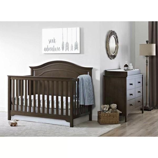 Eddie Bauer Hayworth 4-in-1 Convertible Crib
