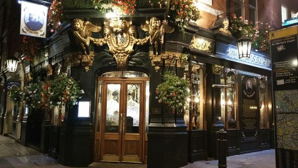 90 St Martins Lane WC2N 4AP Greeneking Pubscouk Pub Salisbury Covent Garden C3111 At Around 1015 But Theres No Rush As The