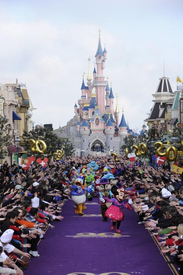 Bon Anniversaire Disneyland Paris Disney Parks