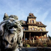 Haunted Mansions Disney Parks World