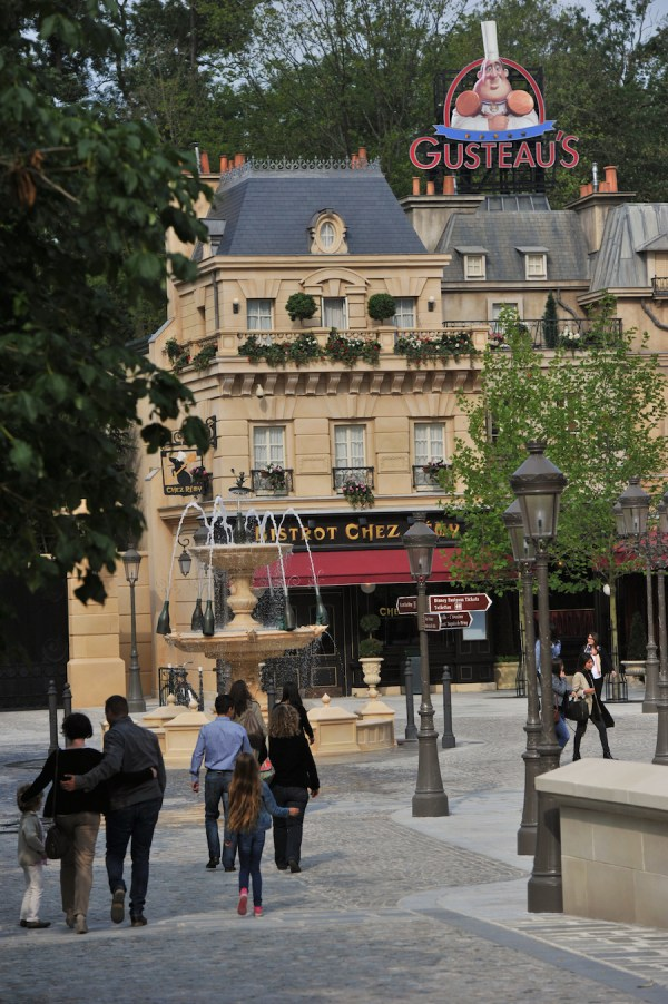 Ratatouille Attraction Disneyland Paris Awarded Outstanding Visual Effects Disney Parks