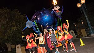 Runners Raced to Infinity and Beyond at the 2017 Disneyland Half Marathon Weekend