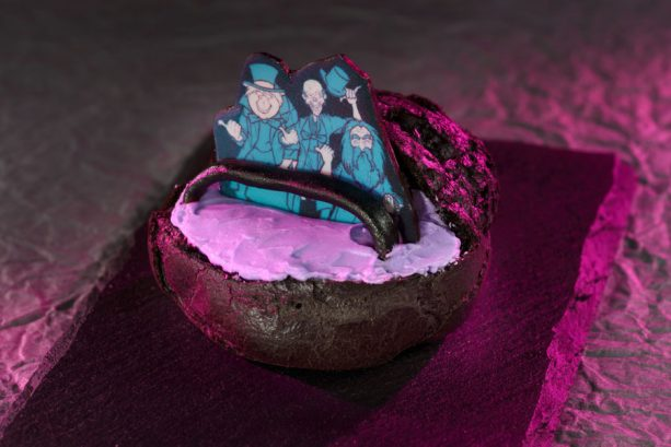 Hitchhiking Ghost Dessert at Aloha Isle for Mickey's Not-So-Scary Halloween Party at Magic Kingdom Park