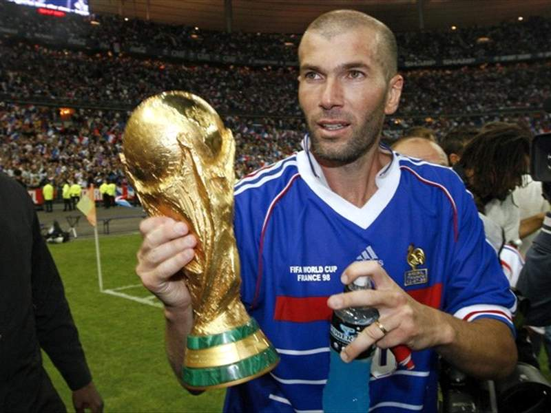 World Cup 2010: Zinedine Zidane: France Had Too Many Individuals Against Uruguay | Goal.com