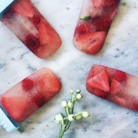 Yummy Rosé Popsicles