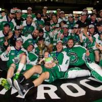 Shamrocks Bring Mann Cup Back West