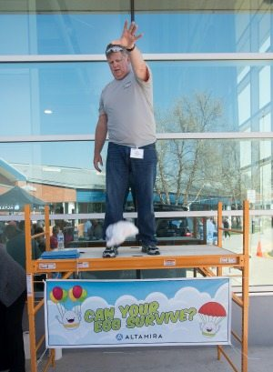 Altamira's egg drop competition