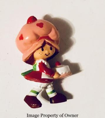 SS Kenner Strawberry Shortcake miniature