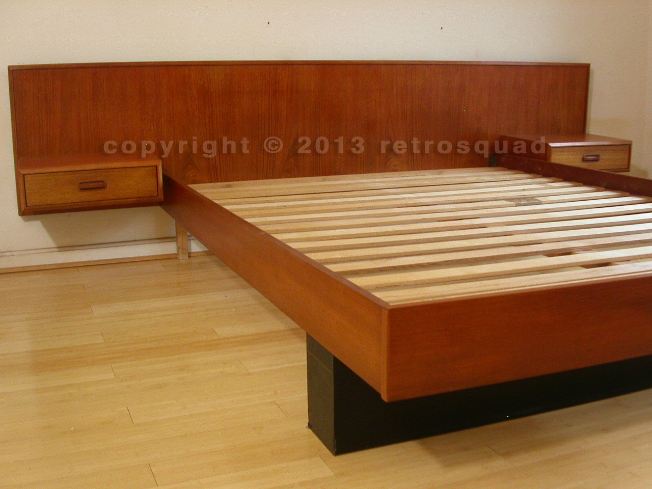 Danish Modern Teak Queen Platform Bed Floating Nightstands 02 Retro Squad