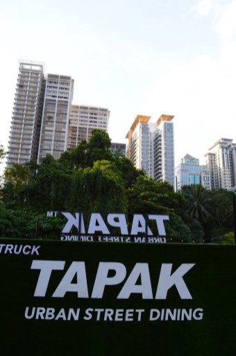 tapak-kuala-lumpur-best-food-truck-park-street-food-malaysia-angelas-expat-adventures-1