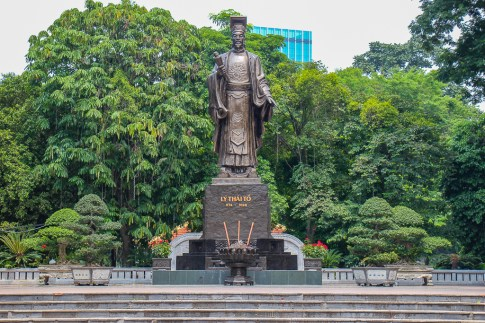 Large statue of Ly Thai To, founder of the city, in Hanoi, Vietnam