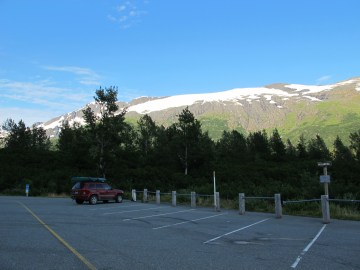 A Portage Lake parking lot with view point and put-in, as you approach the tunnel staging area.