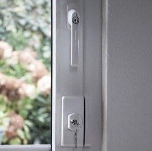 einbruchschutz gegen einbrecher diebe t rschutz fensterschutz. Black Bedroom Furniture Sets. Home Design Ideas