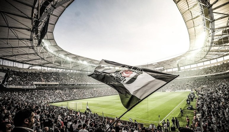 """Résultat de recherche d'images pour """"besiktas stadium"""""""