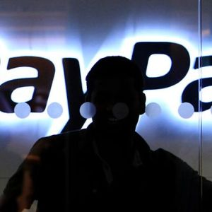 PayPal addresses reflected XSS bug in user wallet currency converter