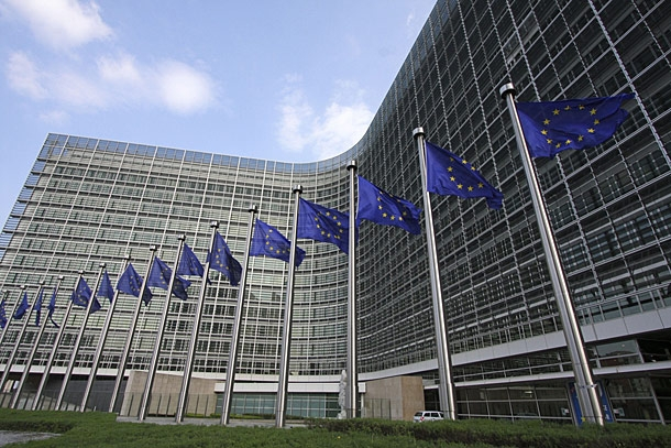 european commission building-flags