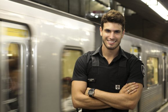 handsome-subway-security-guard-11