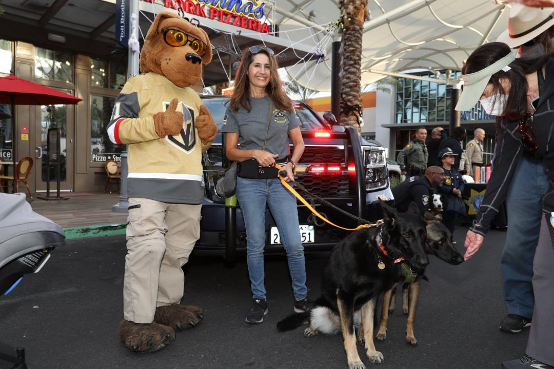 summerlin area command k-9 unit standing against crime for summerlin's national night out 2021