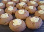 beyaz cikolatali,findikli kurabiye