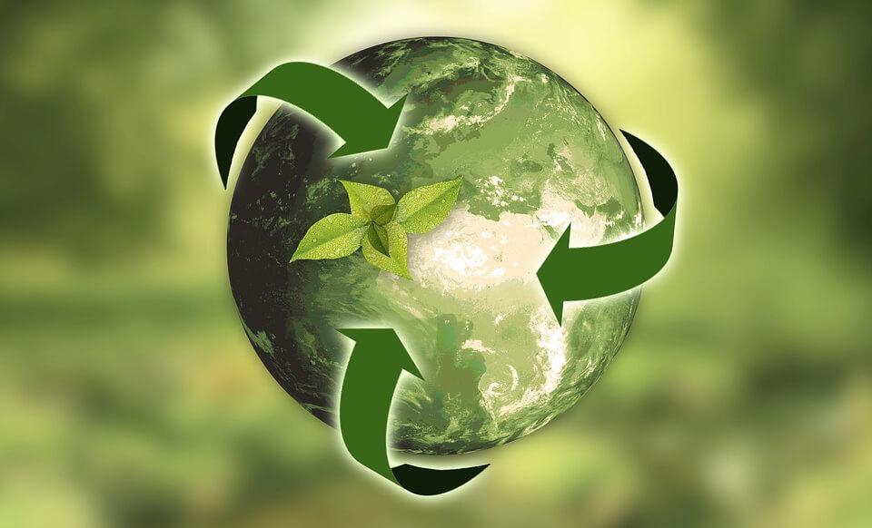 planète et logo recyclage