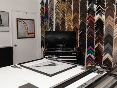 Six reasons to choose a picture frame designer for your art.