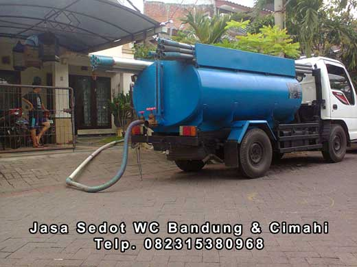 Mobil pelayangan sedot wc Bandung & Cimahi