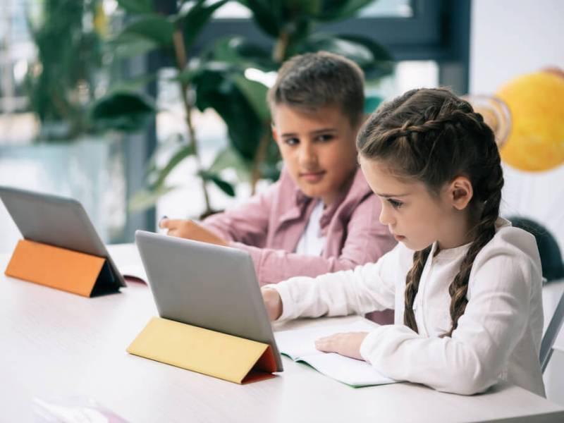 Escolas inovadoras: 4 estratégias para se destacar no mercado