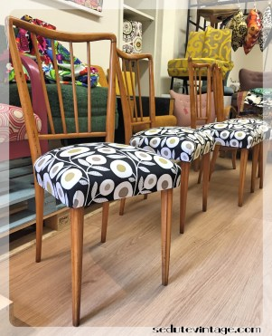 Geometrico floreale in sala da pranzo - Floral geometric in the dining room