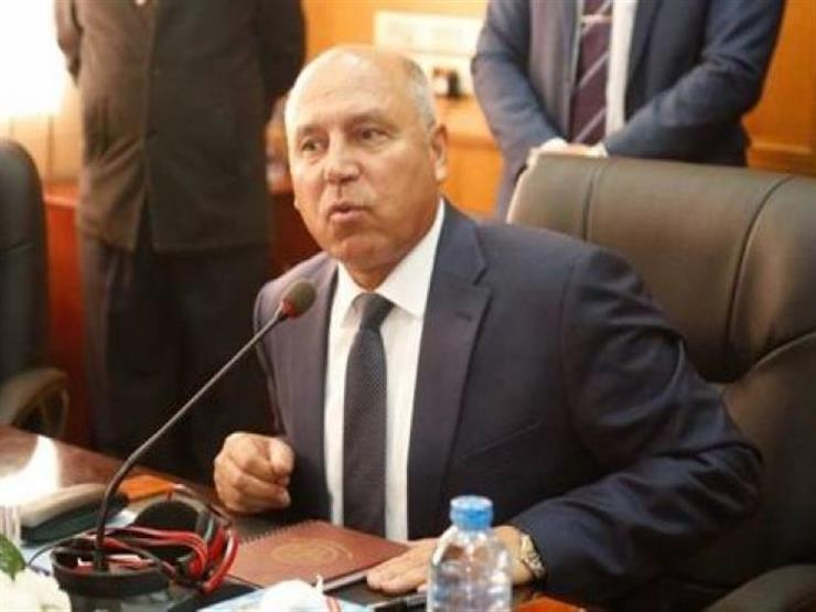 Minister of Transport Kamel El-Wazir vows to pay compensations to families of Tanta train victims