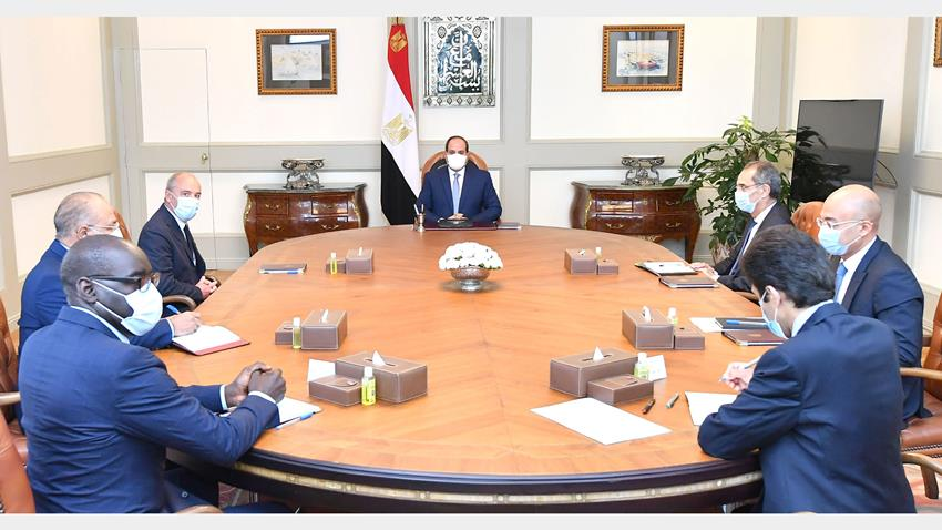 Sisi: Egypt Keen to Boost Co-op with Orange, French Firms