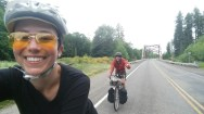 I love it when I encounter sweet Daoist bikers that play frisbee with me on the road