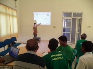 Simao Margono  explained to some CSPs in Oecusse on Annual Permit application © Seeds of Life