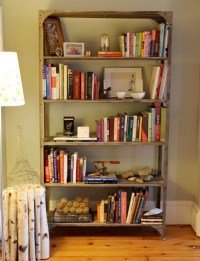 Bookshelf Decorating Tips - Home Decorating Ideas