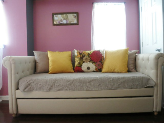 Home Tour Guest Slash Girl Room Daybed
